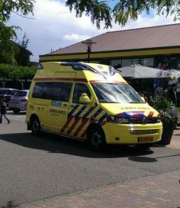 ambulance-ziekenauto- II
